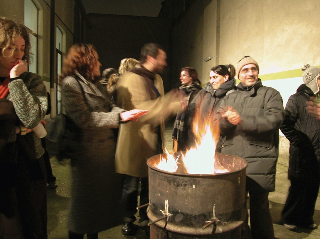 Welcome Fire 2003, barrel and fire (Care Of, Milan)